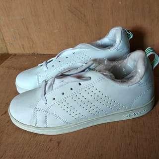 Sneakers Adidas Advantage Women Replika size 40 - TIDAK BARTER - NEGO DIKIT