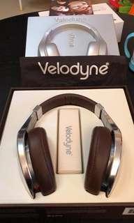 Velodyne vtrue headphone
