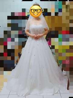 二手 桃心領大拖尾白紗 氣勢 二手禮服 婚紗