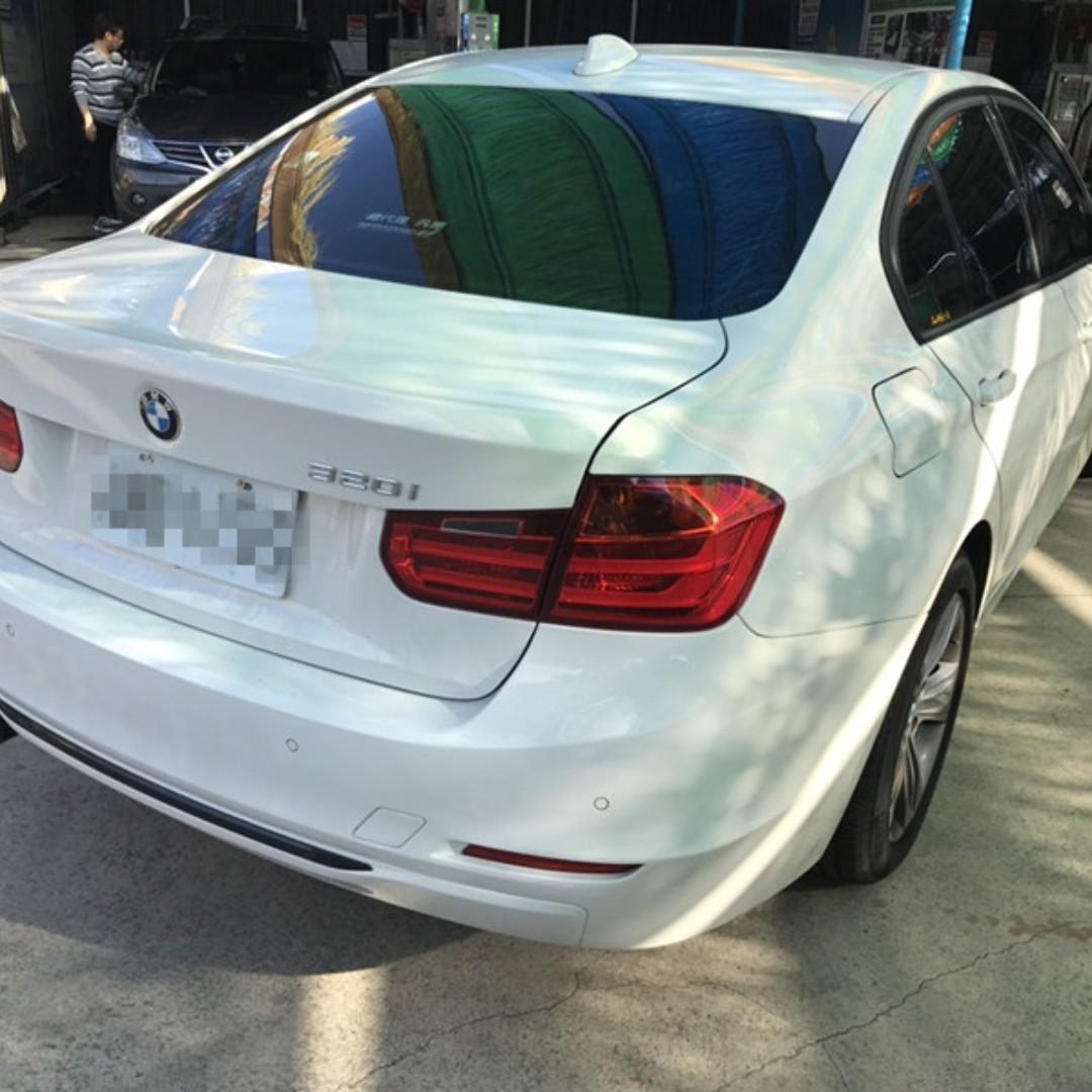 2012年 BMW 320I F30 只跑8萬 不用90萬