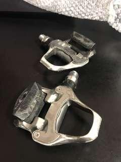 Shimano 105 Clipless Pedals ( bike bicycle road fixie )