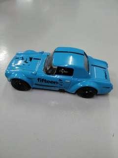 Hot Wheels Fairlady 2000 blue