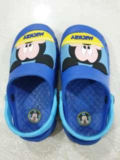 Like new mickey crocs sandals for kids