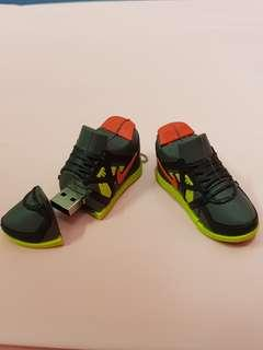 Nike Shoes Thumbdrive 2GB for Sale! Limited Edition.