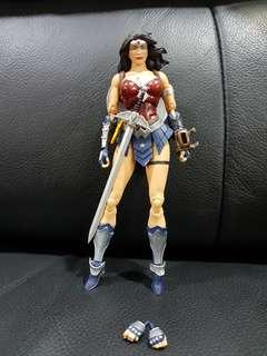 Wonder Woman Figurine