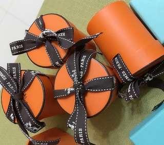 Hermes 專櫃正品 紙盒 twilly 首飾 項鍊  絲巾 愛馬仕 防塵袋  tiffany 飾品盒 收納盒 紙盒