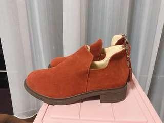 🚚 麂皮短靴