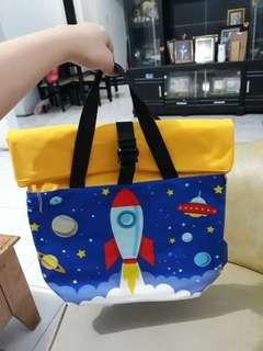 Tas sekolah anak untuk perempuan dan anak laki