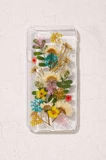 🚚 Urban Outfitters Buncha Flowers iPhone 6/6s/7/8 乾燥壓花手機殼