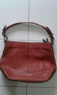 WOMEN'S HUSH PUPPIES HAND/SHOULDER BAG