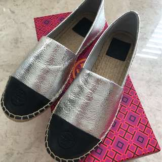 0719630efe355 Authentic Tory Burch Shoes
