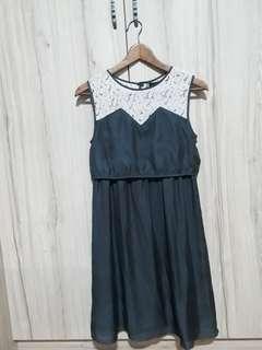 Dote Nursing / Maternity dress