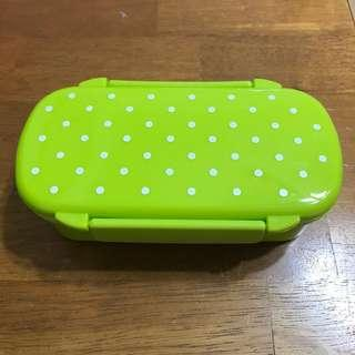 Food storage lunch box container
