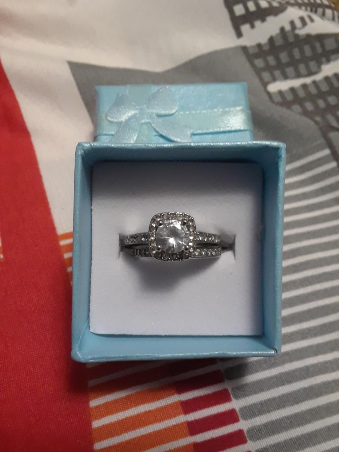 925 Sterling silver ring set size 5