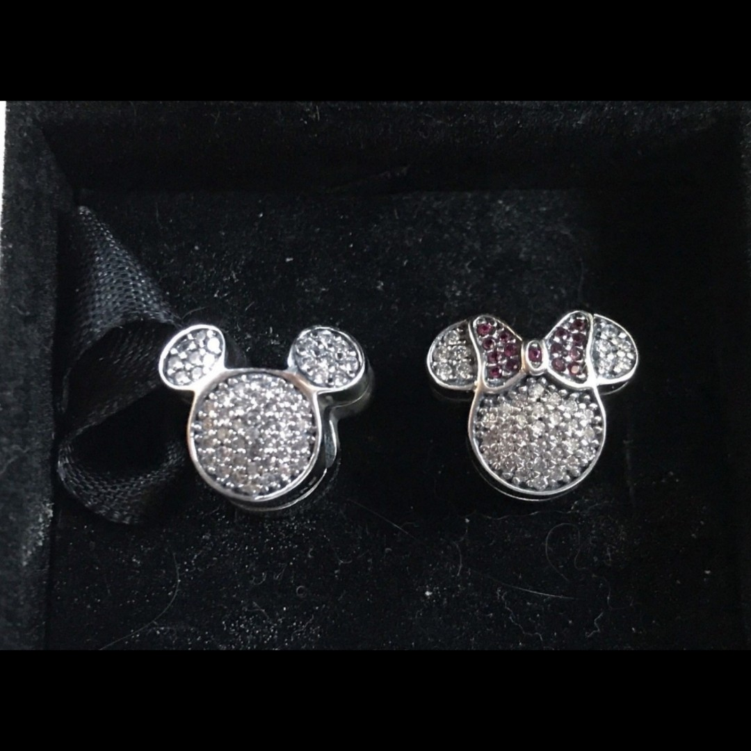 24b4b91b5 Bnis pandora disney parks exclusive winter sparkling mickey and ...