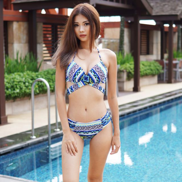 2f3bc224a7 Carrislabelle Cross Wrap Bikini (Blue Aztec), Women's Fashion ...