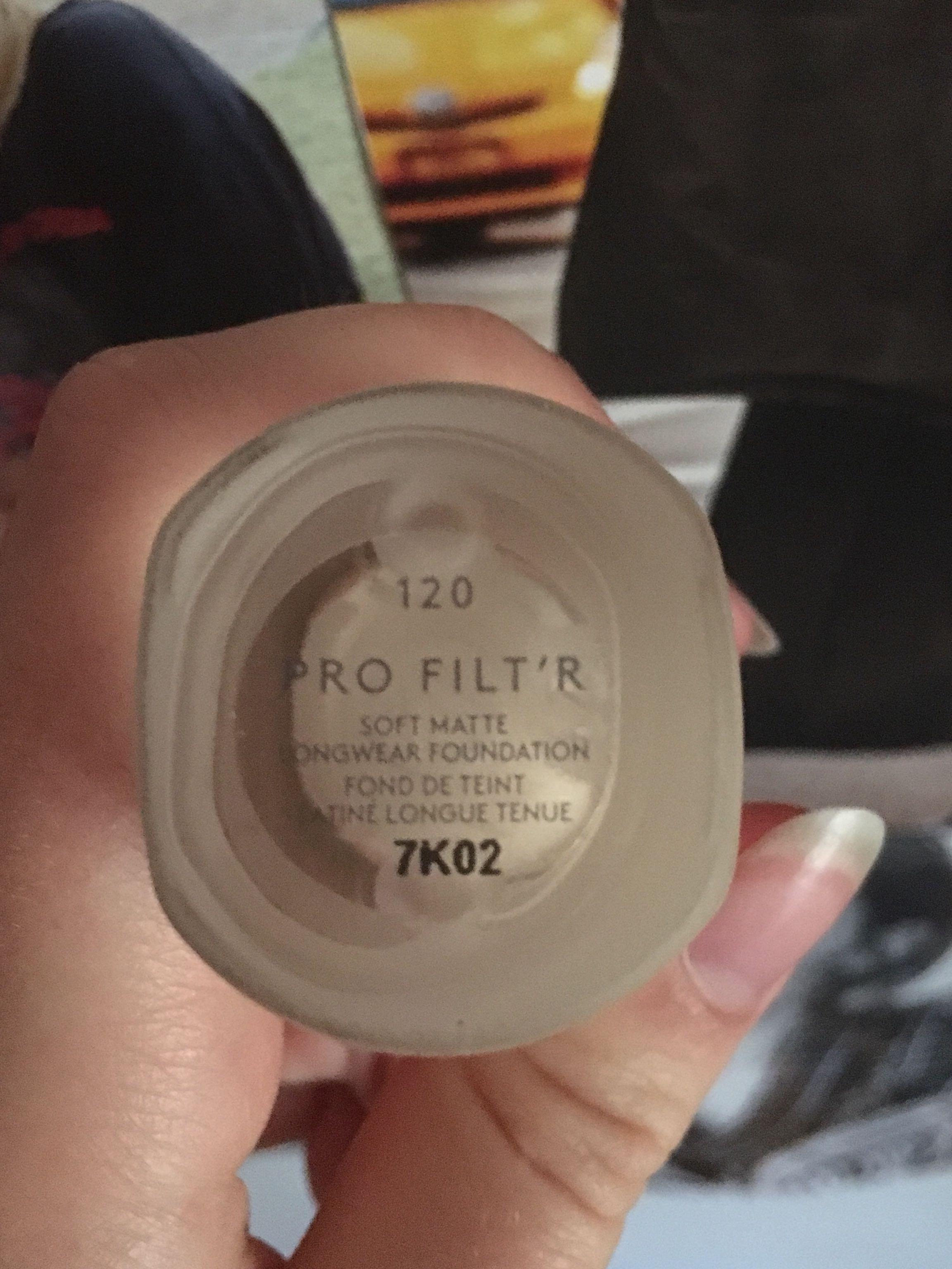 Fenty Beauty Pro Filt'r Soft Matte Longwear Foundation shade 120