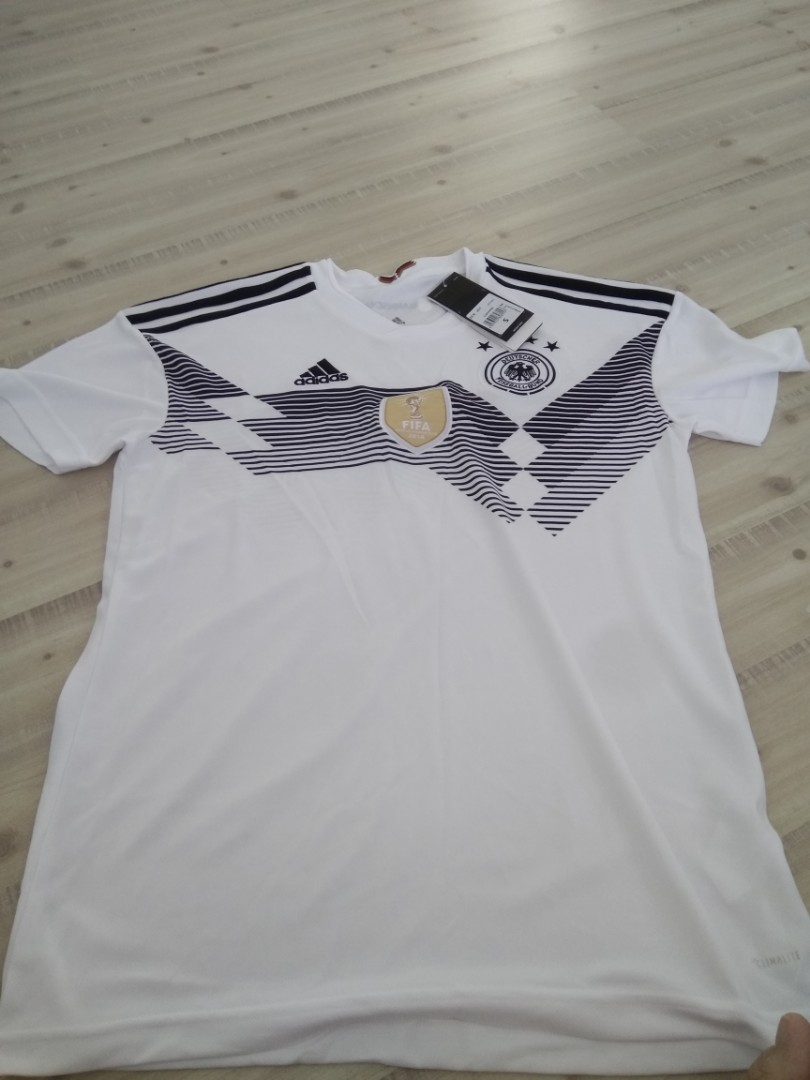 bc5ae79de Germany 2018 jersey (size s)
