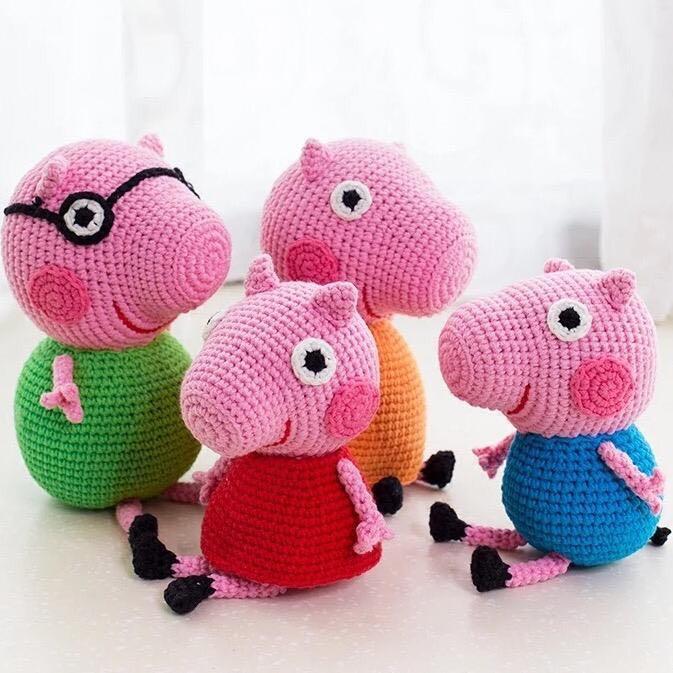 Ravelry: Peppa Pig Amigurumi pattern by Sabrina Boscolo | 673x673