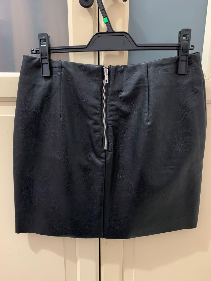 H&M黑色刺繡花皮短裙38號全新