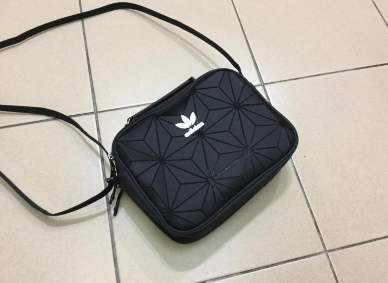 Import Set Adidas Mini Airliner bag (Comes with Adidas original receipt) ae19391edb5d5