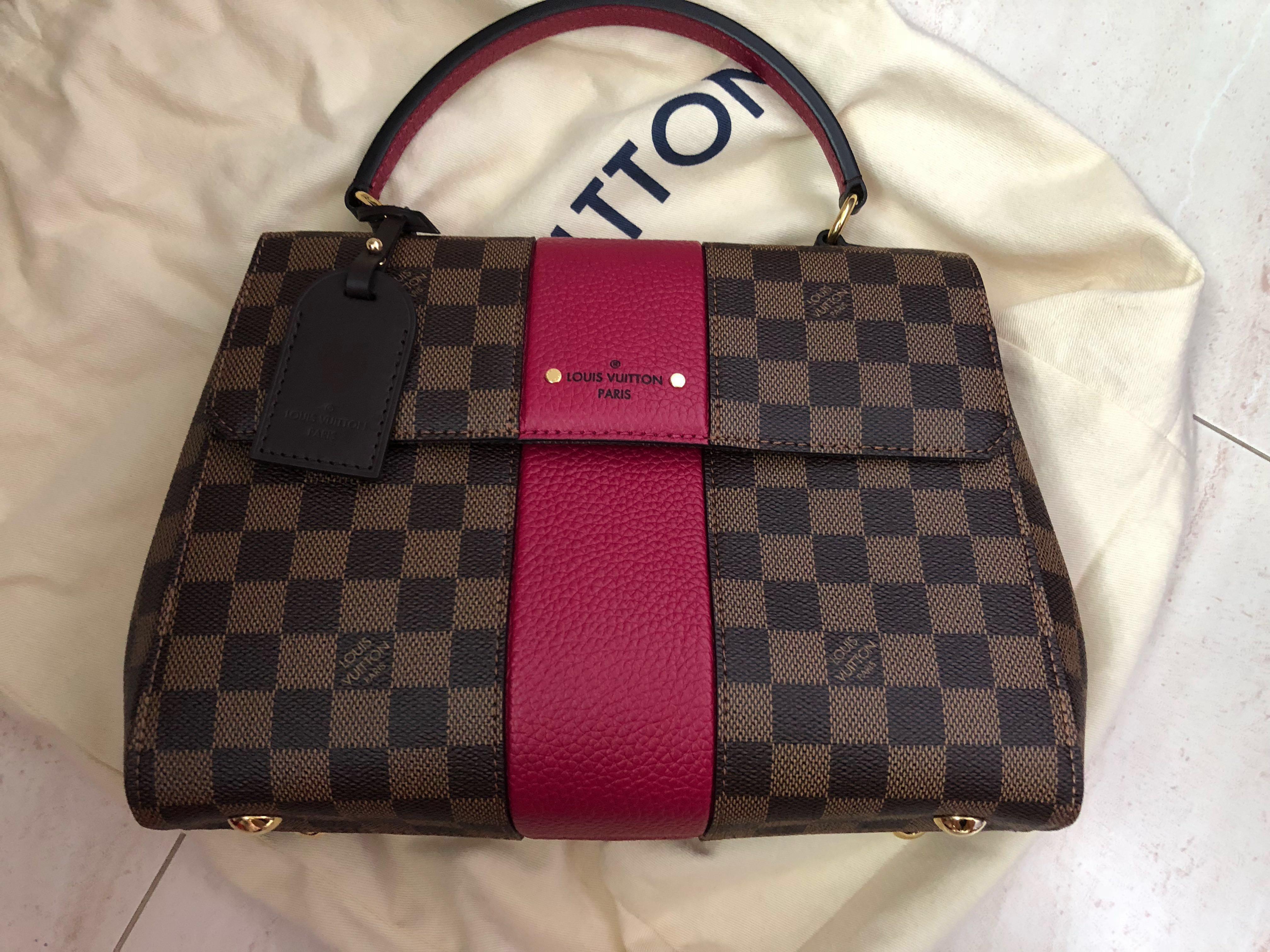 de8c409e2d1 Louis Vuitton Bond Street model N44053 , Luxury, Bags & Wallets ...
