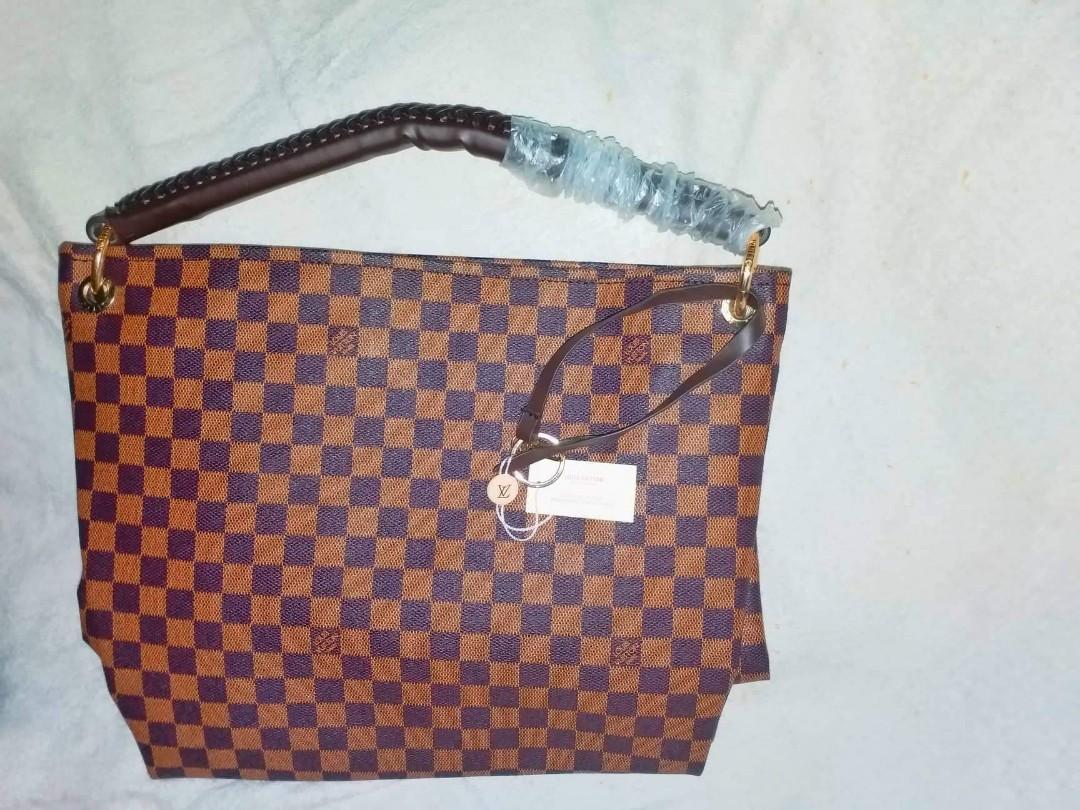 e961bc0186a5 LV bag High Quality Replica