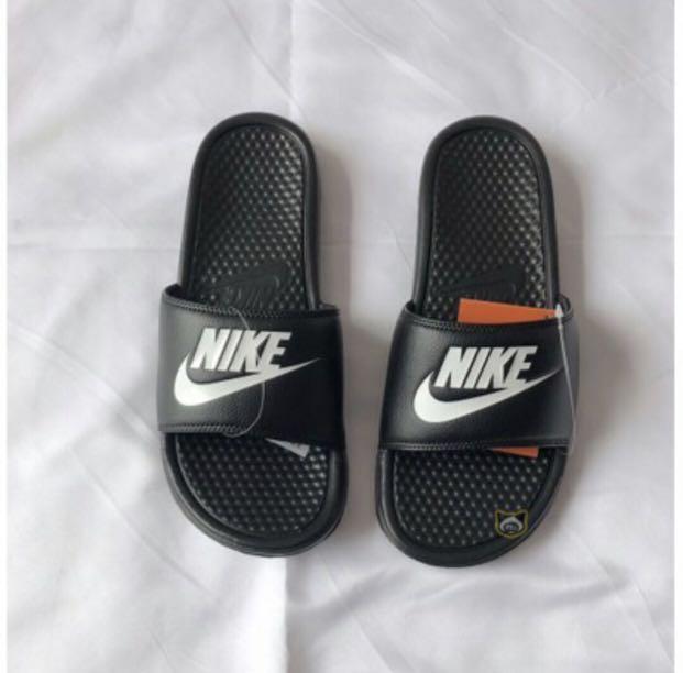 sports shoes 2729b e654d Nike Slippers, Men's Fashion, Footwear, Slippers & Sandals ...