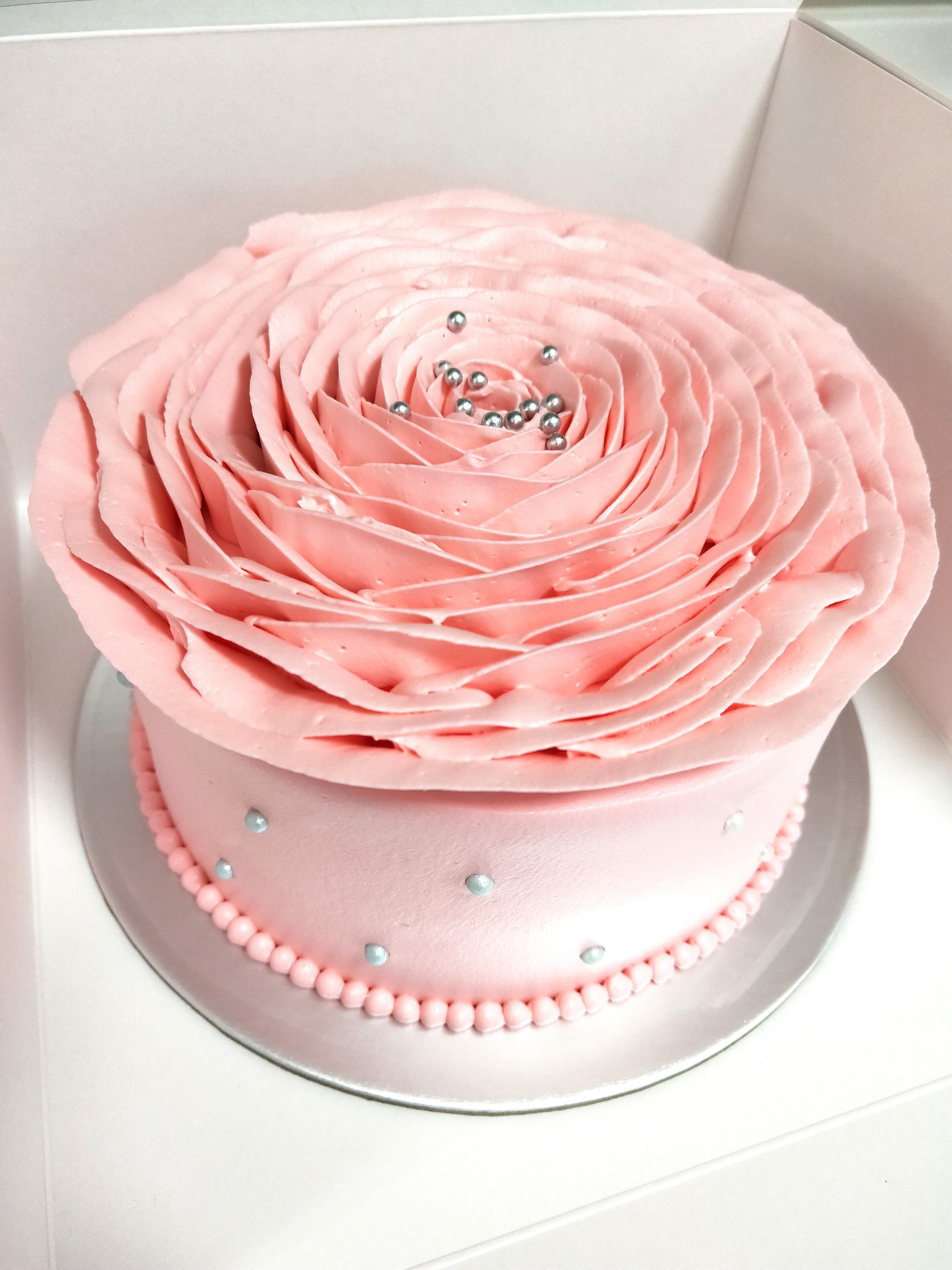 Offer Rose Petal Birthday Cake Food Drinks Baked Goods On Carousell