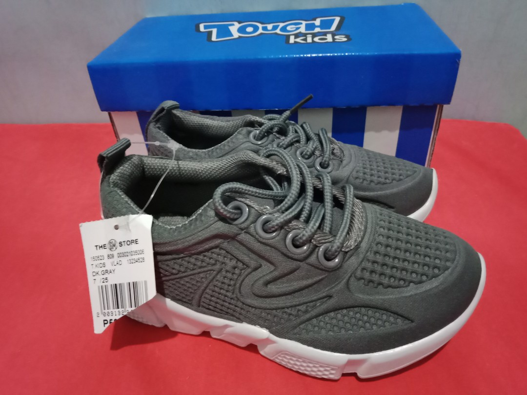 Tough Kids SM Rubber Shoes size 7