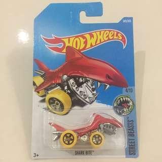 Hot Wheels Street Beasts 4/10 Shark Bite 345/365