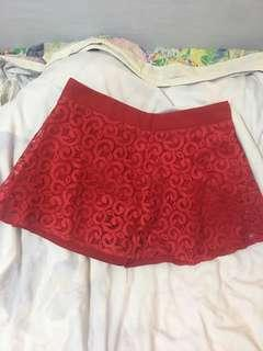 🚚 Red lace skorts