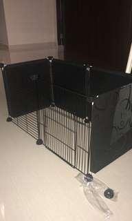 Playpen/cage