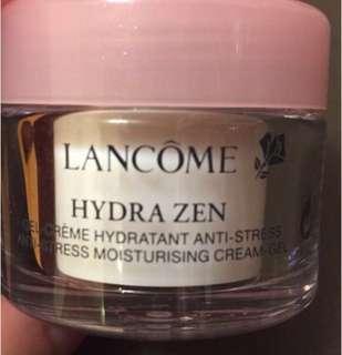 Lancome 舒緩抗壓保濕cream gel 15ml 存貨: 4