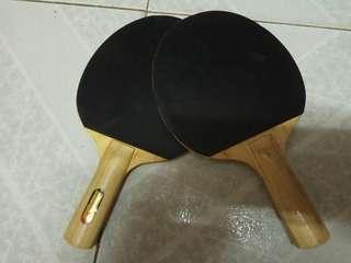 一對乒乓球板