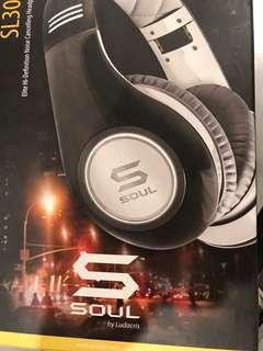 Soul SL300 headphones