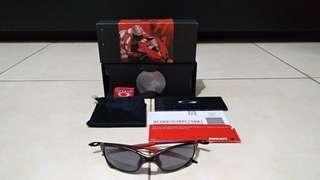 Kacamata Sunglasses Oakley Juliet X Metal Ducati Carbon Lengkap Box Coin Kitab