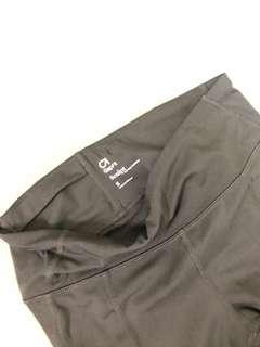 🚚 GAP 黑 修身運動褲
