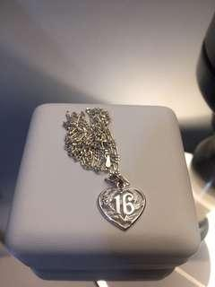 Sweet 16 pendant & chain