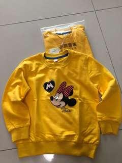 🚚 BNWT Minnie Mouse sweater