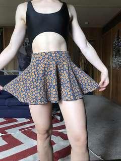 Sunflower floral daisy doof festival skirt size 6