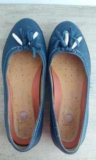 Clarks Shoes UK6D