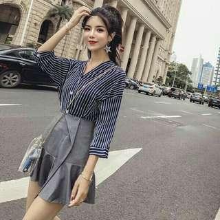 🚚 【套裝】雪紡深藍白色直條紋襯衫+灰色不規則荷葉邊短裙S碼