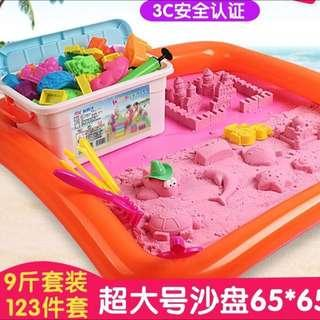 9 Pounds Kinetic Sands and toys set