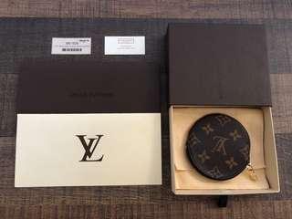 Louis Vuitton Round Coin Purse Monogram! Authentic!