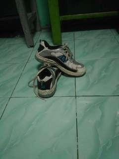 Jual sepatu north star second