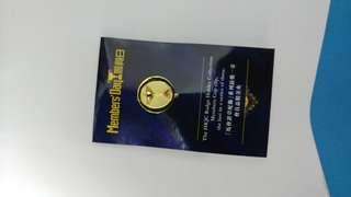 香港賽馬會會員日會員盃襟章