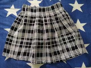 Checkered Black & White skirt