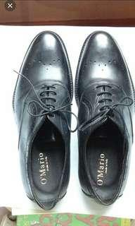 黑色真皮皮鞋意大利製造 black genuine leather shoes, made in Italy