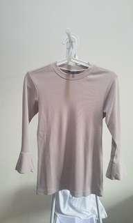 The Executive Knit Top Creme STRECTH